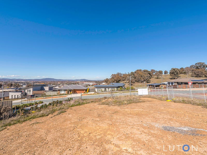 18 Chilton Street, Casey, ACT 2913