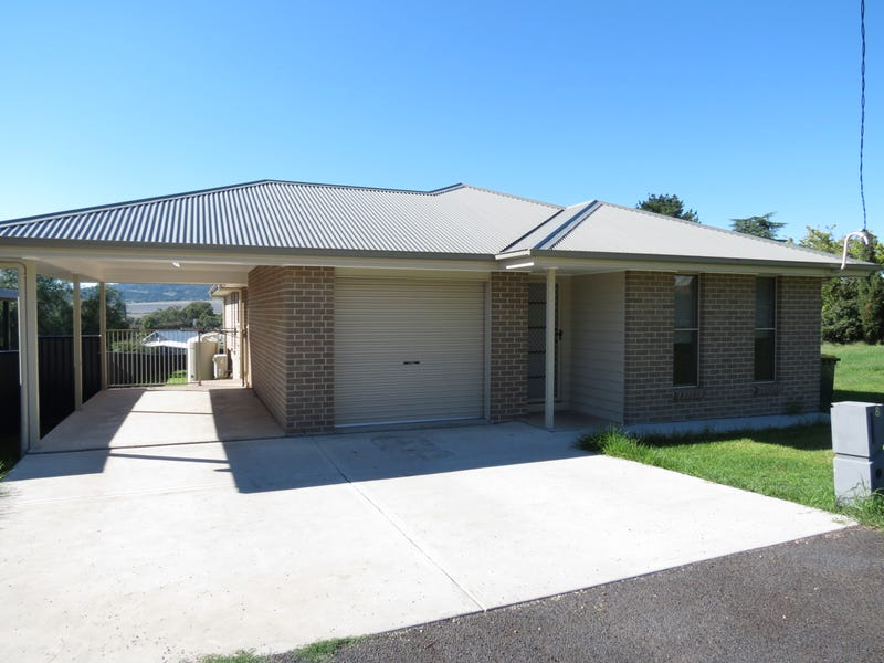 8 Breeza Street, Quirindi, NSW 2343