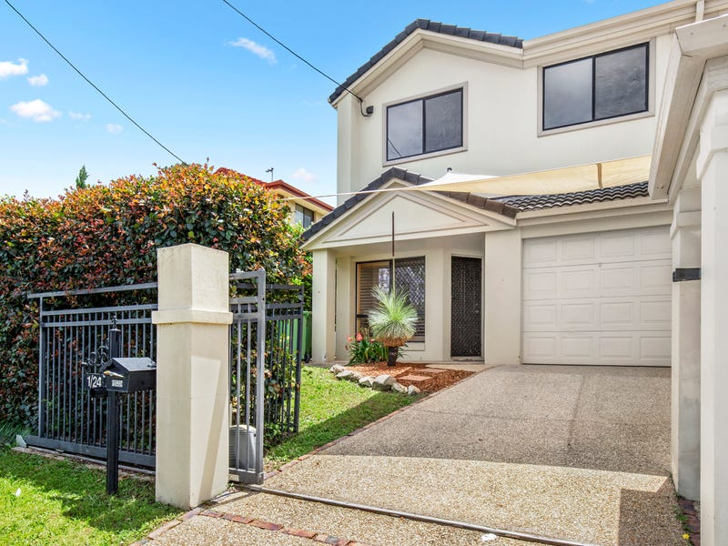 1/24 Poinciana Crescent, Bundall, Qld 4217