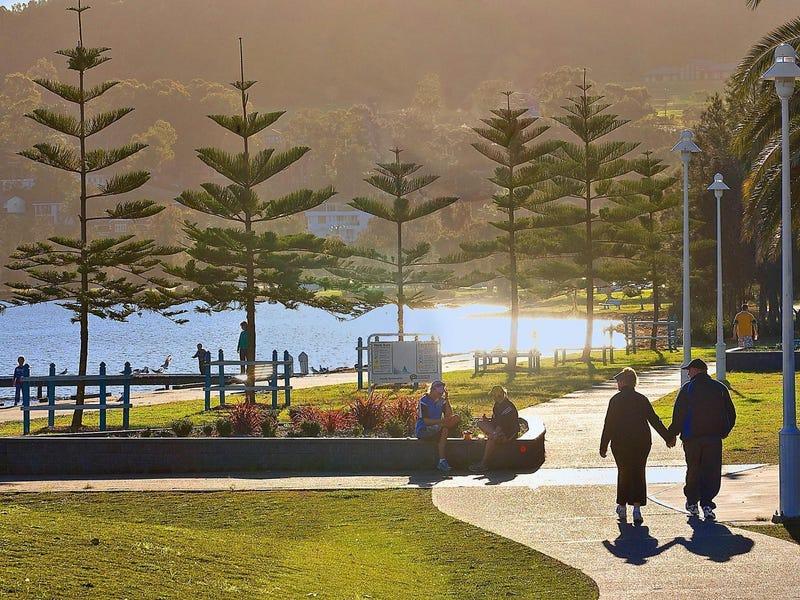 508 The Esplanade, Warners Bay, NSW 2282