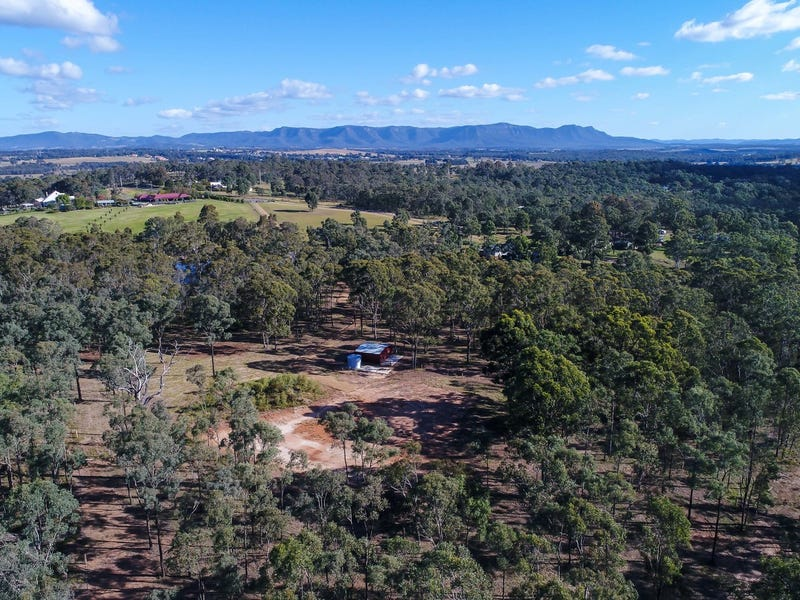 28 The Ballabourneen, Lovedale, NSW 2325