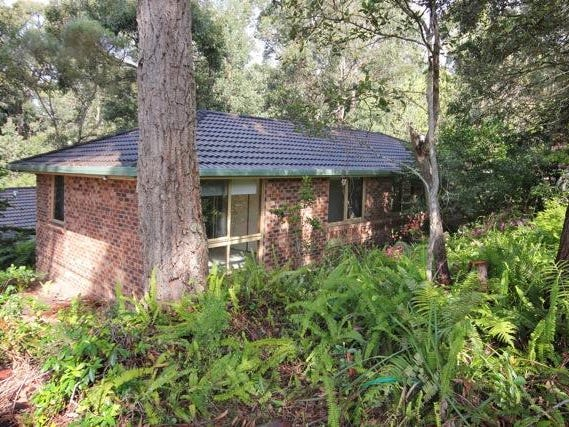 27 Valley Drive, Mollymook Beach, NSW 2539