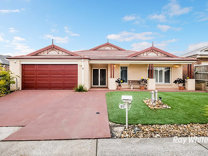 37 Thunderbolt Drive, Cranbourne East, Vic 3977