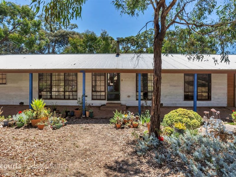 597 Rifle Range Road, Flaxman Valley, SA 5235