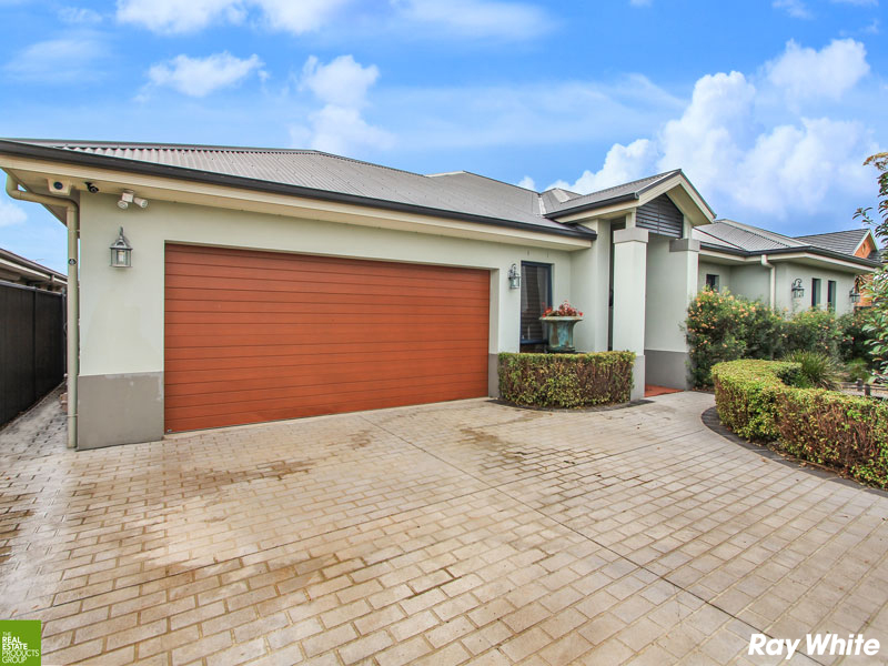 13 Sandy Bay Drive, Haywards Bay, NSW 2530
