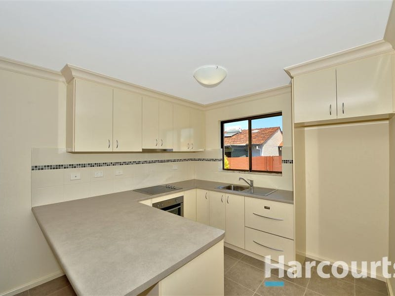 6/10 Hungerford Avenue, Halls Head