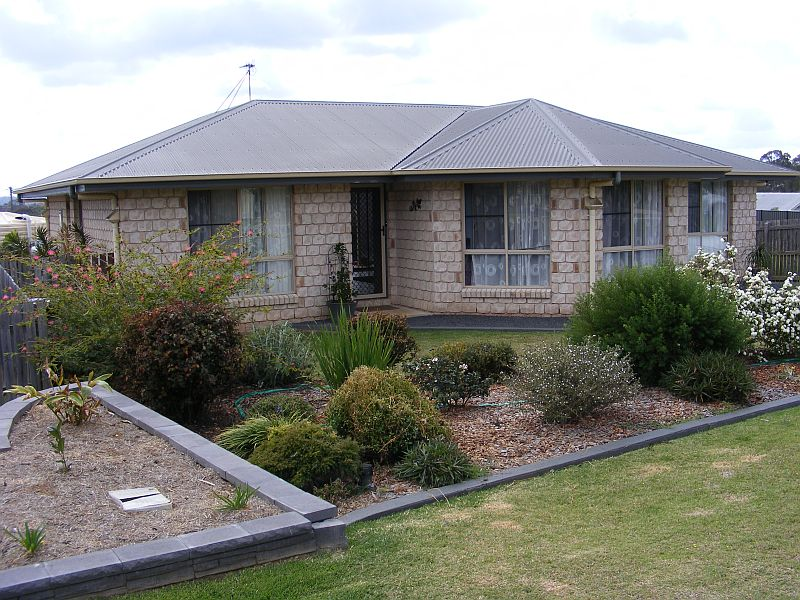 75 Grant Crescent, Wondai, Qld 4606