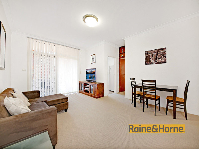 2/32 Queen Victoria Street, Bexley, NSW 2207