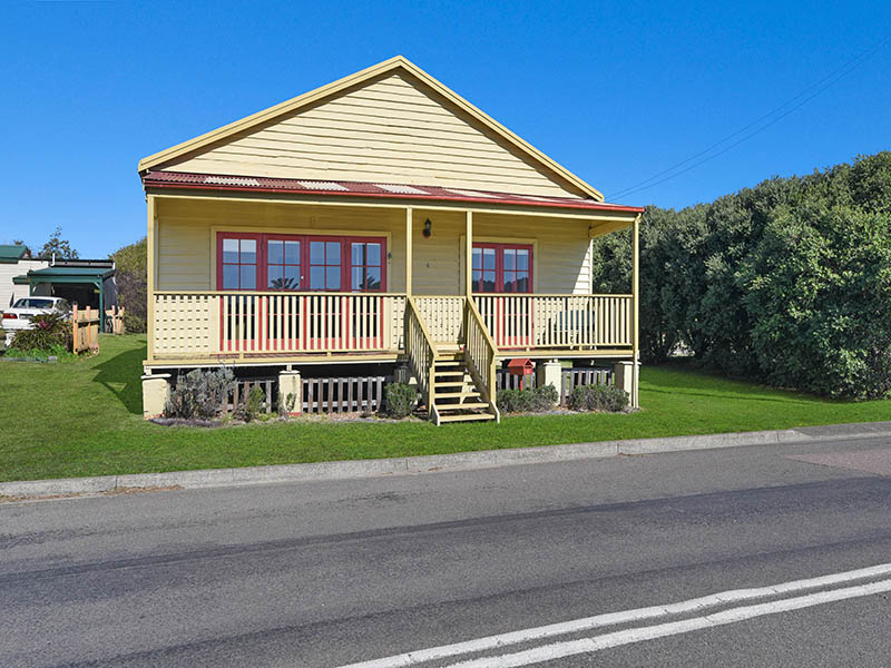 4 Lindsley St, Catherine Hill Bay, NSW 2281