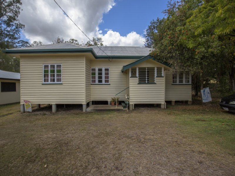 4 Campbell, Gin Gin, Qld 4671