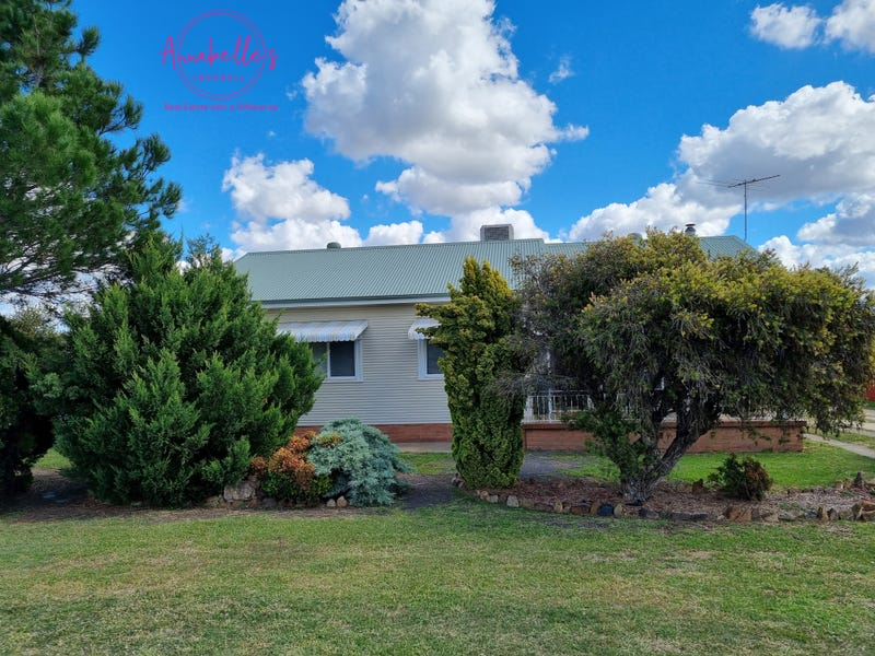2A Mulligan St, Inverell, NSW 2360