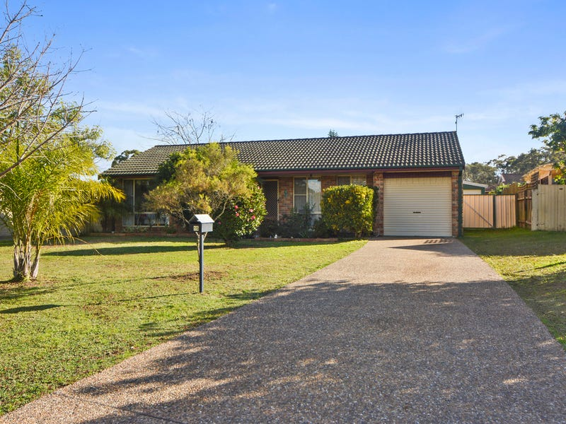 15 Balmaringa Avenue, North Nowra, NSW 2541