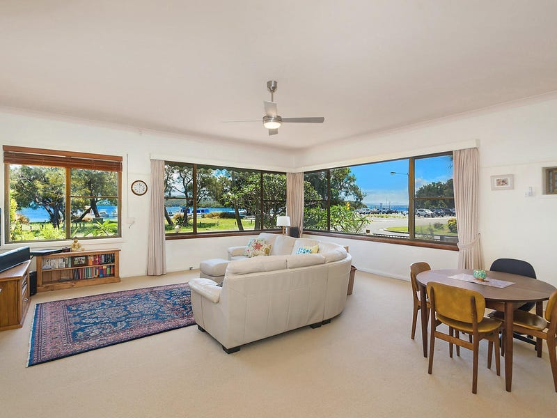 14 The Esplanade, Swansea, NSW 2281