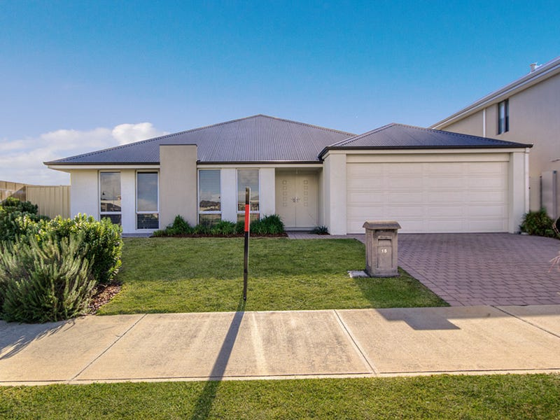 15 Bramston Circus, Secret Harbour, WA 6173