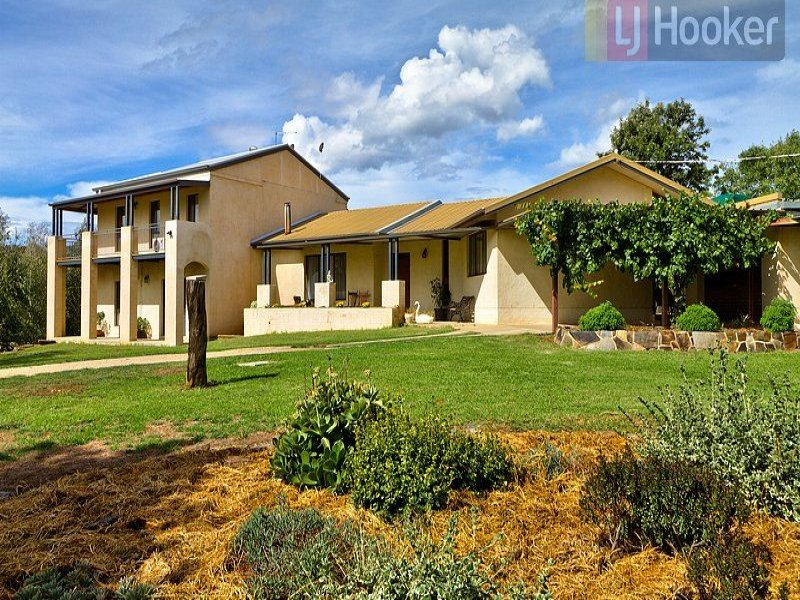 220 Sweetwater Road, Mullengandra, NSW 2644