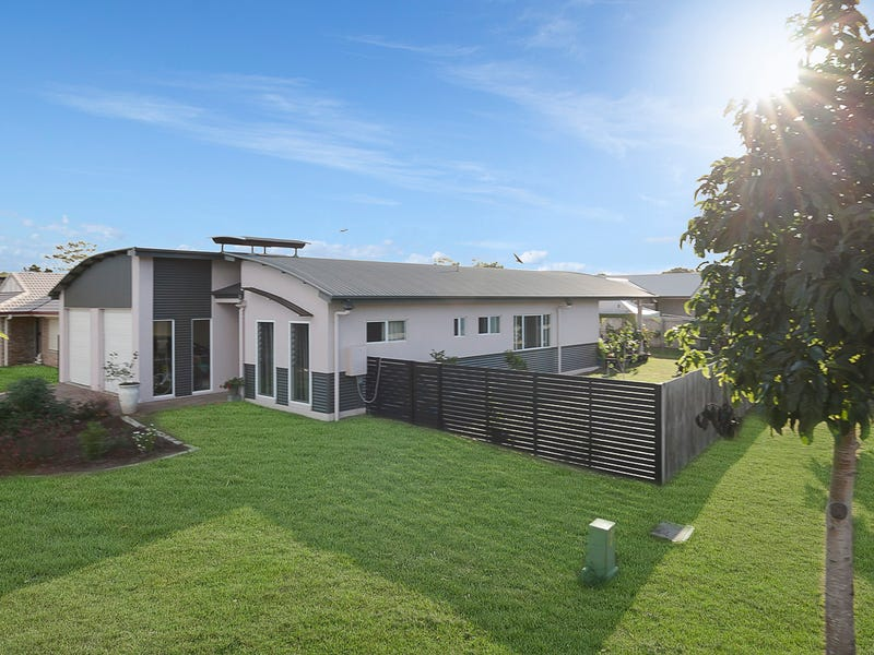 45 Fraser Waters Parade, Toogoom, Qld 4655
