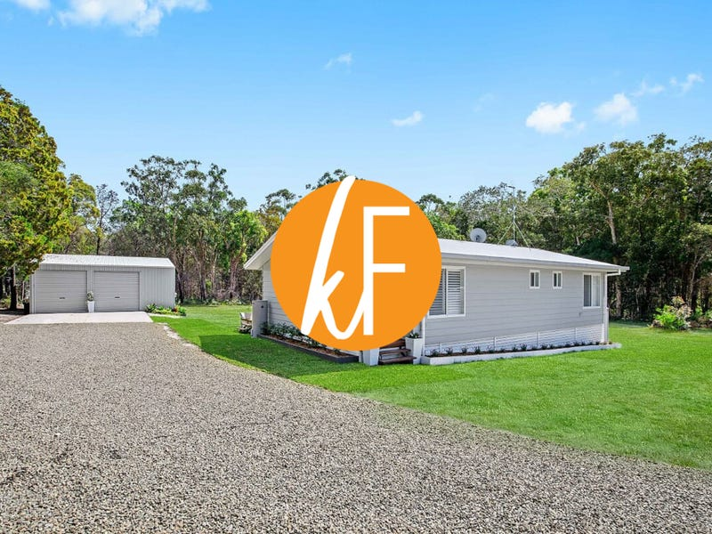 297 Loftus Road, Crescent Head, NSW 2440