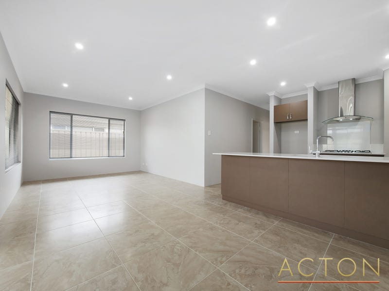 18B Stainsby Turn, Canning Vale