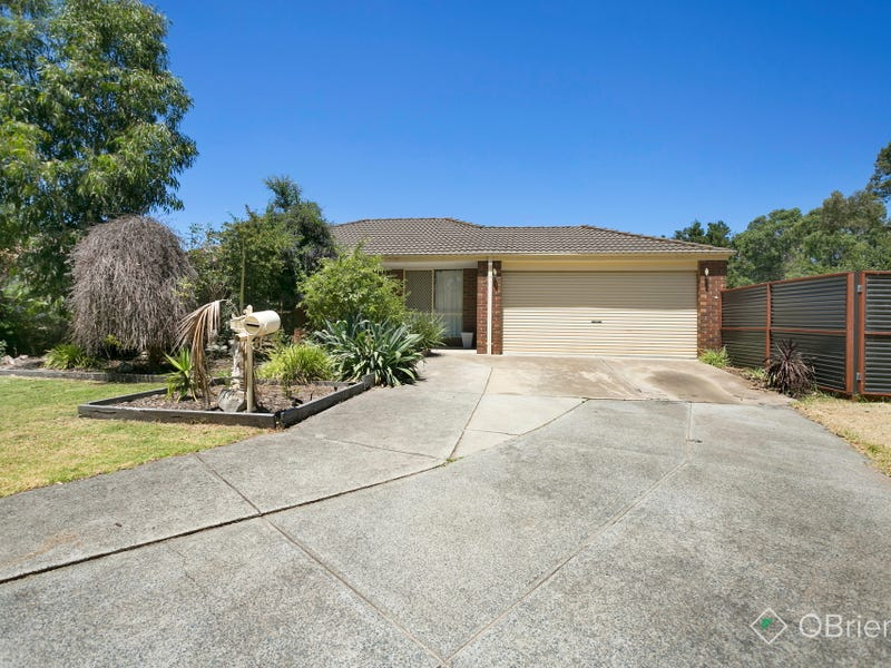 25 Captain Cook Close, Skye, Vic 3977
