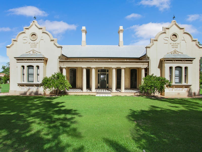 St Aubins Homestead, Scone, NSW 2337