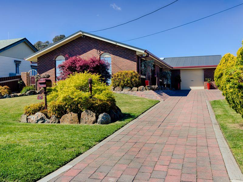 15 Lidsdale Street, Wallerawang, NSW 2845
