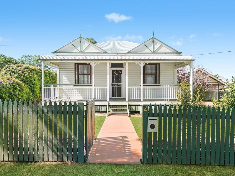 2 Lilley Street, East Toowoomba, Qld 4350