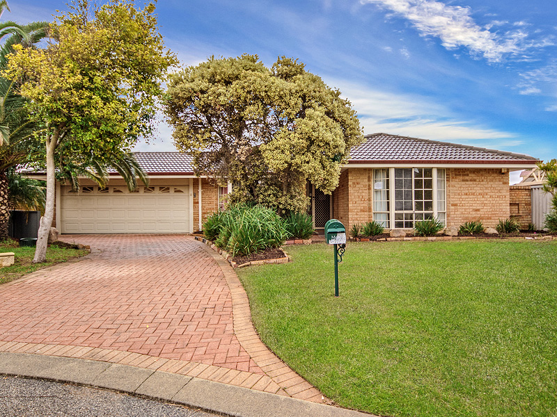 8 Caddy Close, Cooloongup, WA 6168
