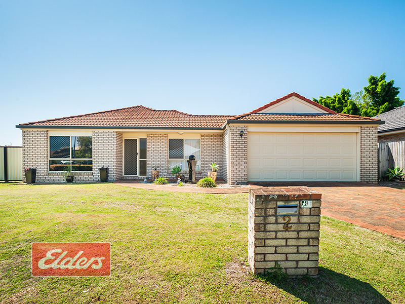 2 Lakes Entrance, Meadowbrook, Qld 4131