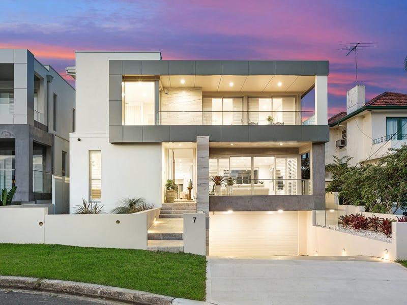 7 River Street, Blakehurst, NSW 2221
