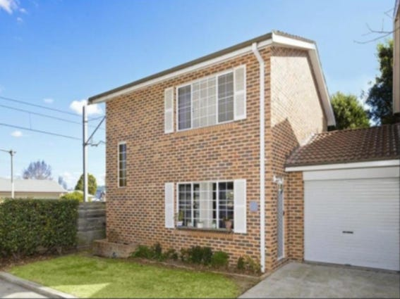 8/116 Windsor Street, Richmond, NSW 2753