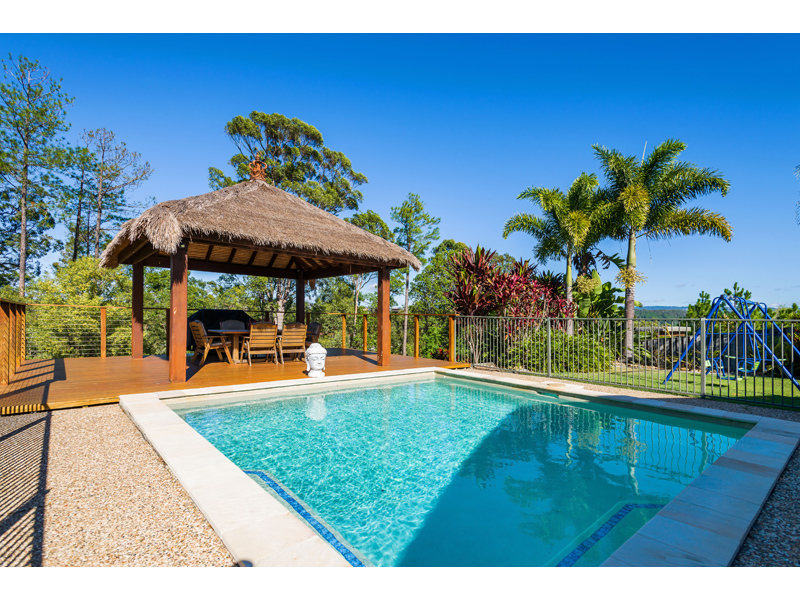10 Huxley Ct, Pacific Pines, Qld 4211
