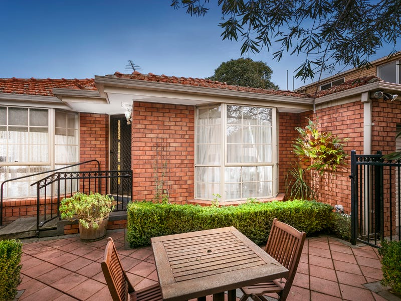 1/33 Grice Crescent, Essendon, Vic 3040