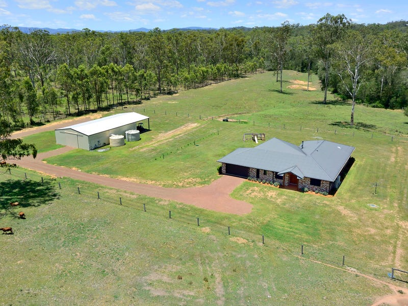 61 WARREN ROAD, Wanora, Qld 4306