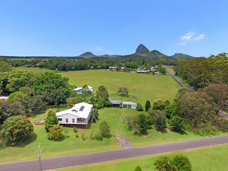 12 peters road glass house mountains qld 4518