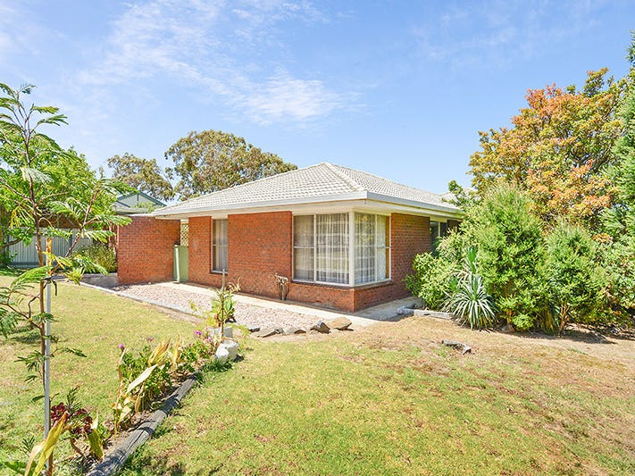 39 Norfolk Avenue, Victor Harbor, SA 5211