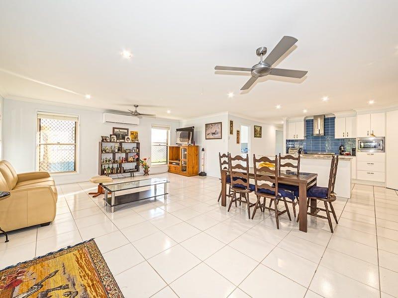 62 Foxtail Crescent, Banksia Beach