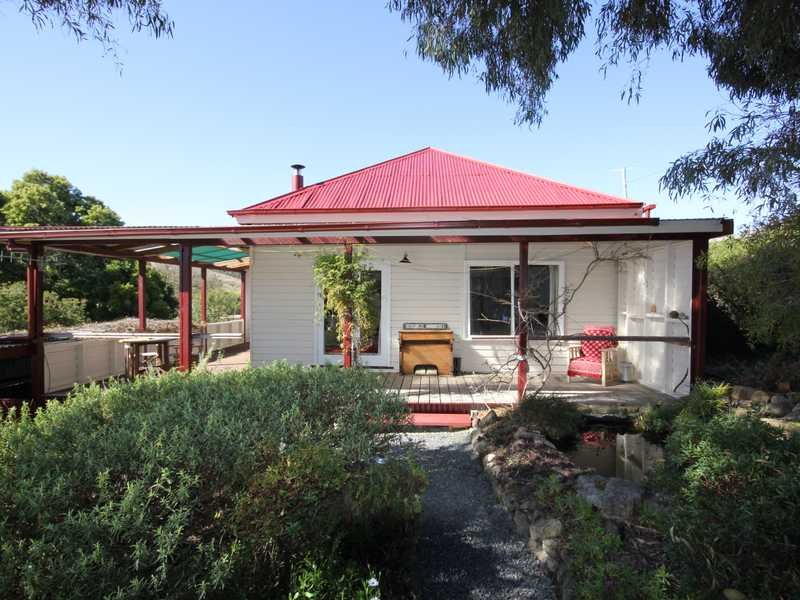 85 Oakfords Road, Lower Wattle Grove, Tas 7109