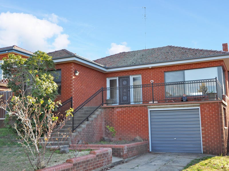 1 McKell Street, West Bathurst, NSW 2795