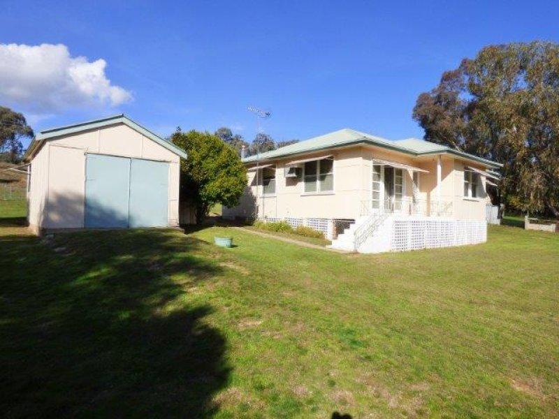 10-12 Brittannia Street, Reids Flat, NSW 2586