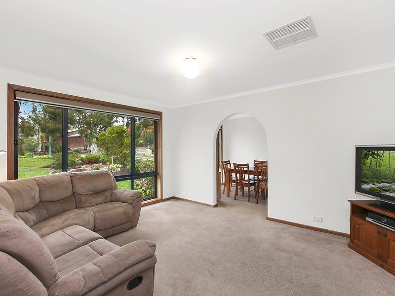 9 Rochford Street, Fraser, ACT 2615