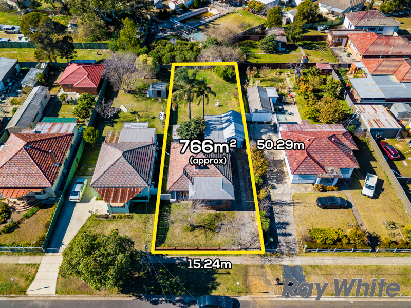 8 Adam Street, Fairfield, NSW 2165