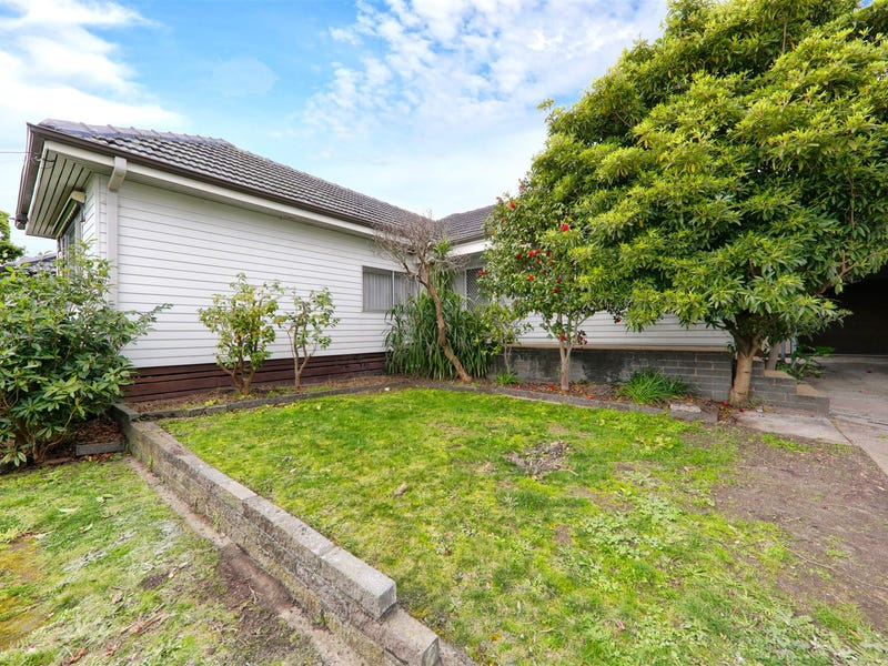 56 Hillview Avenue, Mount Waverley, Vic 3149
