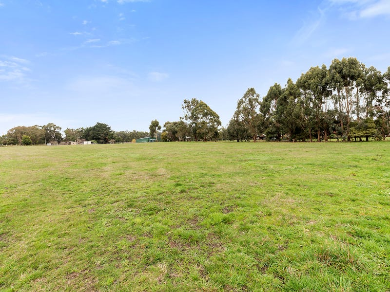 30 Bushbys Road, Barongarook, Vic 3249