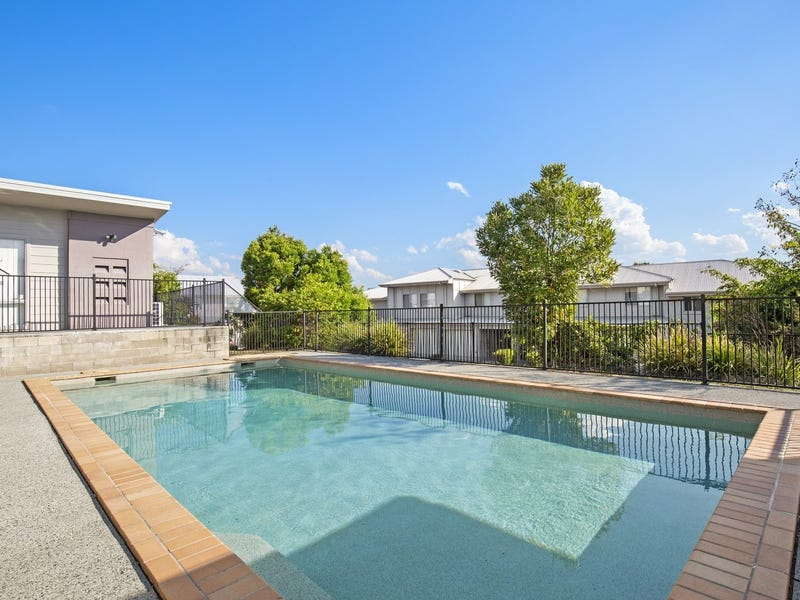 Unit 24, 2 Sangster Crescent, Pacific Pines