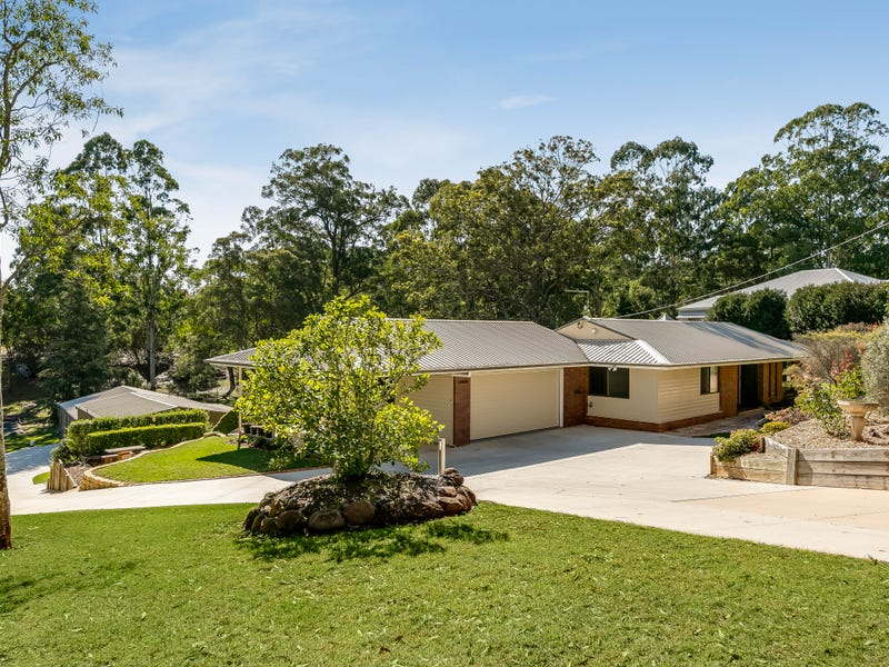 10 Blue Meadow Court, Blue Mountain Heights, Qld 4350