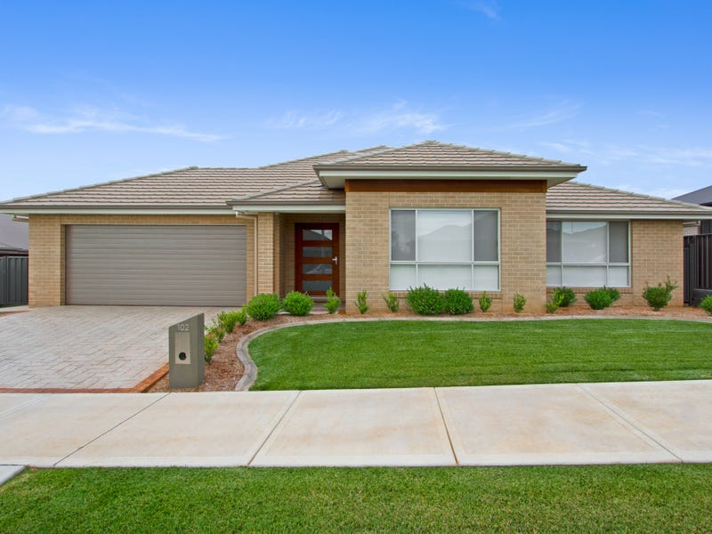 102 Verdelho Drive, Tamworth, NSW 2340