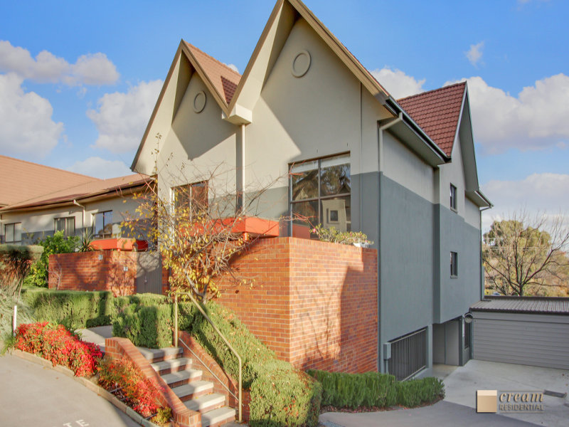 8/1 Eldridge Crescent, Garran, ACT 2605