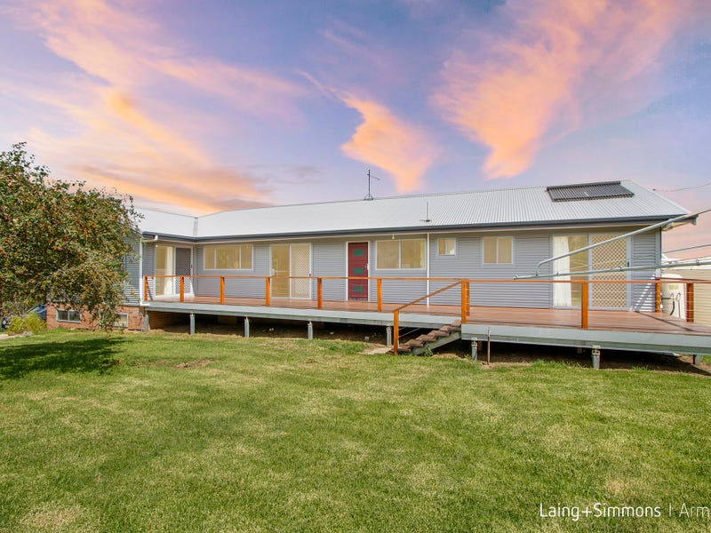 89  Sawpit Gully Road, Rocky River, NSW 2358