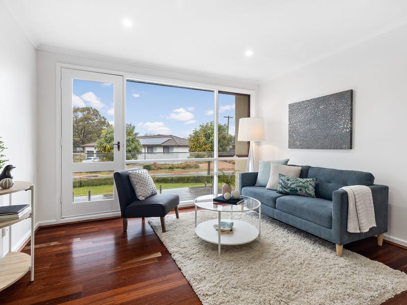 2 Crouch Place, Kambah, ACT 2902
