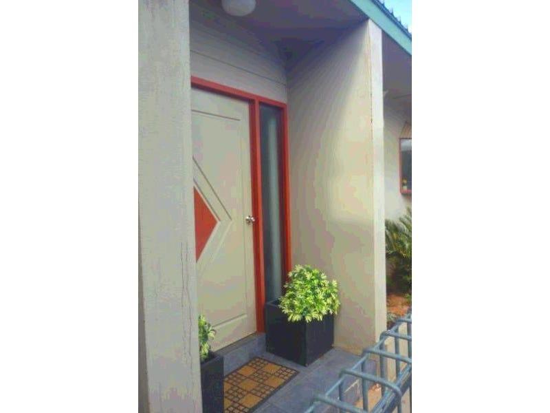 42 Van Senden Avenue, Gillen, NT 0870